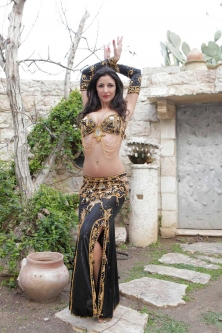 Belly dance cabaret costume - Black Beauty