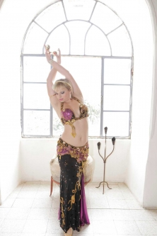 Belly dance cabaret costume - Timeless Passion