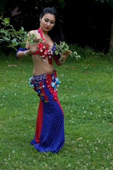 Belly dance cabaret costume - Disco Doll