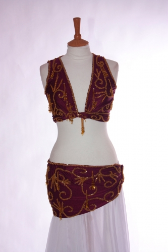 belly dance two piece lycra practice set in maroon and gold