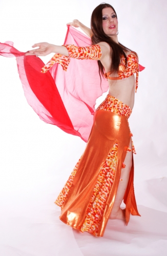 WOW! Belly dance costume - Kumquat and Cream